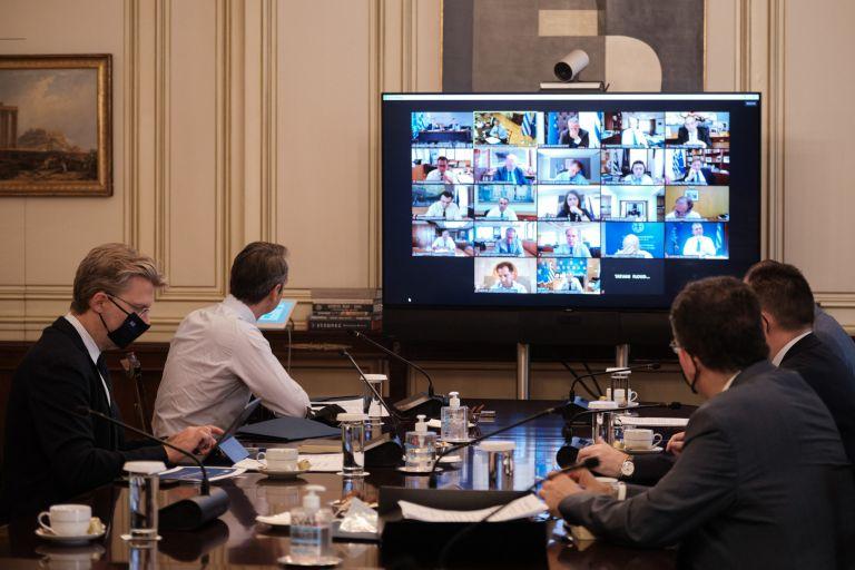 Υπουργικό συμβούλιο : Συνεδριάζει στις 11:00 υπό τον Μητσοτάκη – Στο επίκεντρο τηλεργασία στο δημόσιο και συνεπιμέλεια τέκνων | tovima.gr