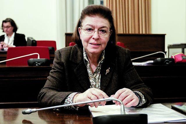 Καραμανλής υπέρ Μενδώνη για την υπόθεση Λιγνάδη | tovima.gr