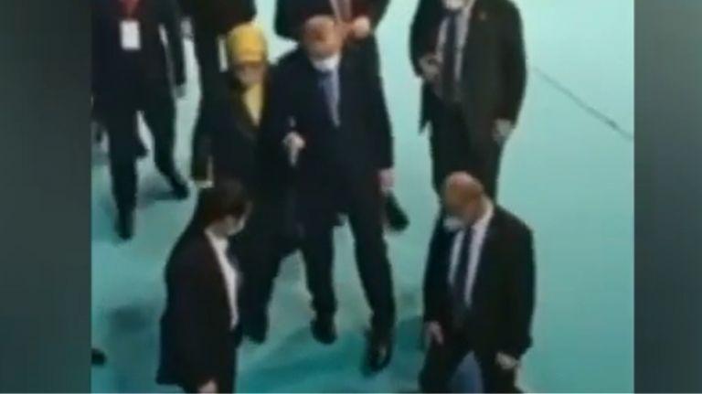 Ερντογάν : Υποβασταζόμενος ο τούρκος πρόεδρος – Τι συμβαίνει με την υγεία του; | tovima.gr
