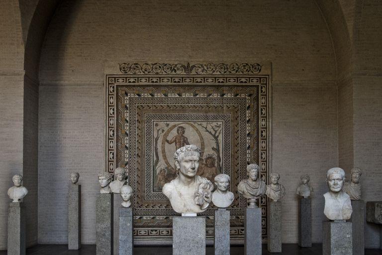 Αρχαιολατρία και Γ΄ Ράιχ   tovima.gr