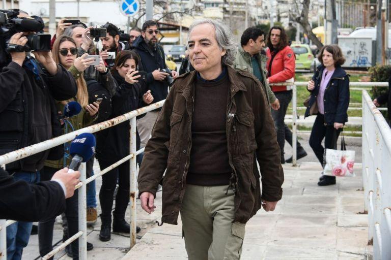 Κουφοντίνας : Τι απαντάει η δικηγόρος του για την μεταγωγή του   tovima.gr