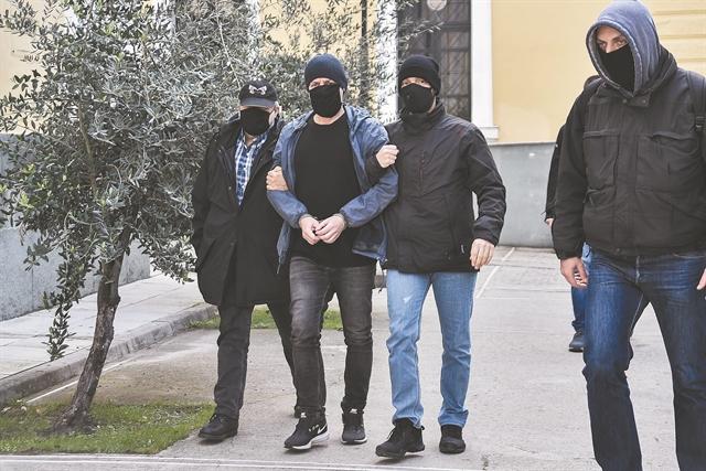 Δημήτρης Λιγνάδης : Τι απαντά στις κατηγορίες | tovima.gr