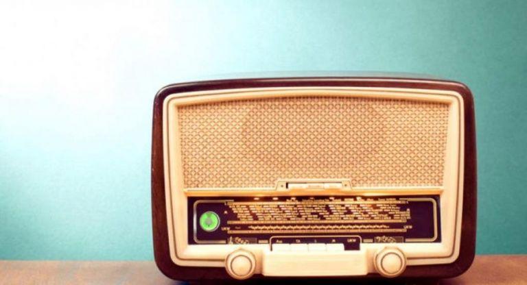 Θ. Σαραντής : Πέθανε ο κορυφαίος ραδιοφωνικός παραγωγός   tovima.gr