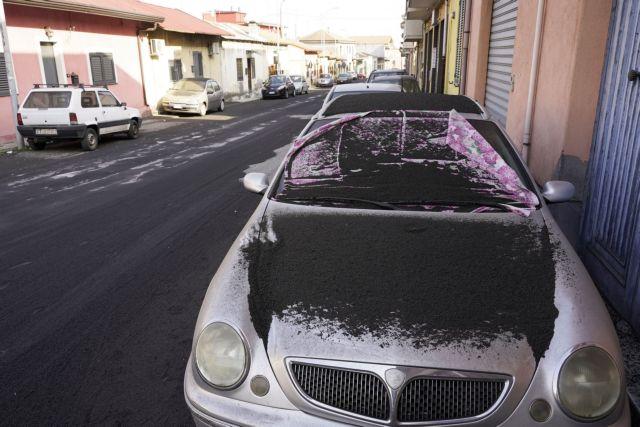 Αίτνα – Αθήνα σε έξι ώρες: Βίντεο με την πορεία της ηφαιστειακής τέφρας | tovima.gr