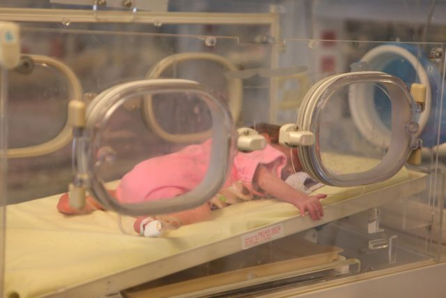 Παιδίατρος Ανδρέου : Γνωρίζω 10 περιπτώσεις νεογέννητων με covid- Υπάρχει έξαρση του κορωνοϊού σε χαμηλότερες ηλικίες | tovima.gr