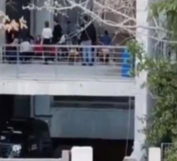 ΕΟΔΥ : Παύθηκαν 4 εργαζόμενοι για το πάρτι της Τσικνοπέμπτης στη Helexpo | tovima.gr