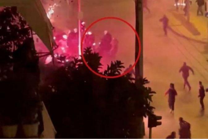 Νέα Σμύρνη: Συνελήφθη 30χρονος για την επίθεση στον αστυνομικό | tovima.gr
