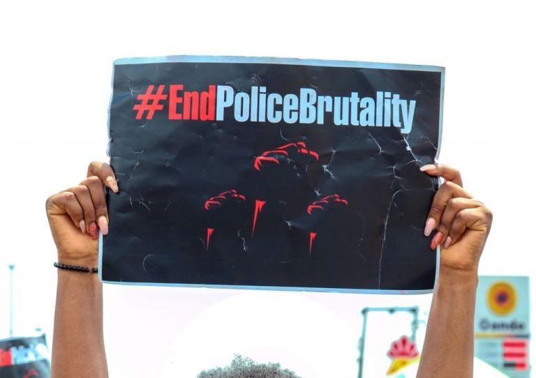 15 Μαρτίου : Παγκόσμια Ημέρα κατά της Αστυνομικής Βαρβαρότητας | tovima.gr