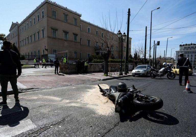 Νέα αποκαλυπτικά στοιχεία για το τροχαίο έξω από τη Βουλή   tovima.gr