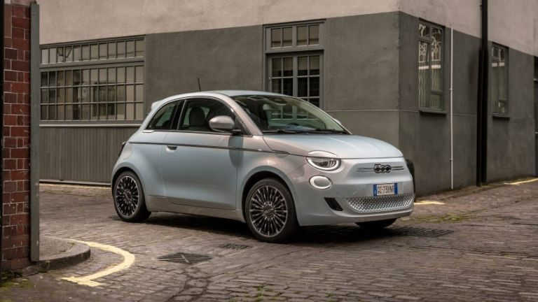To Fiat 500 θα επιβραβεύει τους «αποδοτικούς» οδηγούς σε κρυπτονομίσματα | tovima.gr