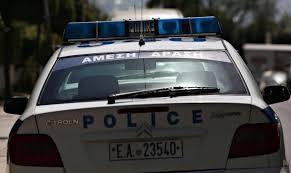 Λιοσίων: Οχημα έπεσε σε πεζούς μετά από καταδίωξη της ΕΛ.ΑΣ – Αναφορές για τραυματίες | tovima.gr
