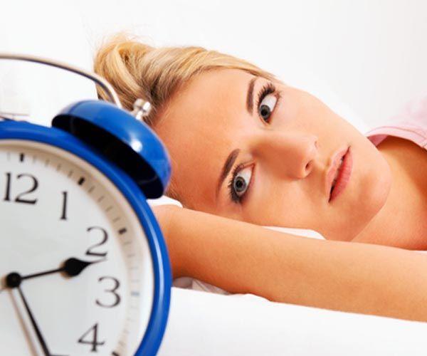 Γιατί ξυπνάμε ακριβώς πριν χτυπήσει το ξυπνητήρι; Δεν είναι τόσο προφανές όσο νομίζετε… | tovima.gr