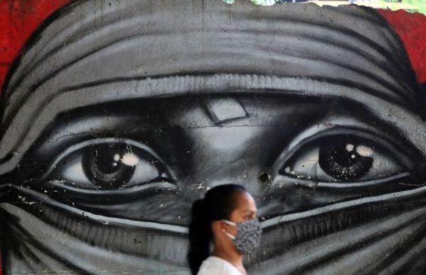 Κορωνοϊός : Νέες οδηγίες για την μάσκα – Ετσι πρέπει να τη φοράμε τελικά   tovima.gr