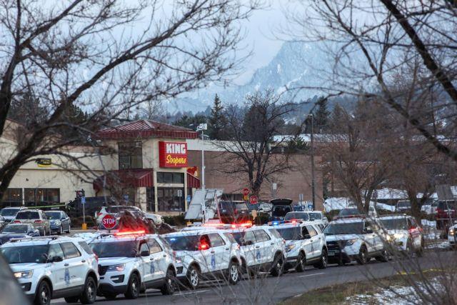 Κολοράντο : Πατέρας 7 παιδιών ο δολοφονηθείς αστυνομικός | tovima.gr