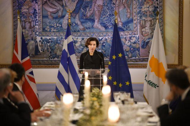Φλοράνς Παρλί αποκλειστικά στο ΒΗΜΑ: «Απειλές και τετελεσμένα δεν έχουν θέση στην επίλυση διαφορών»   tovima.gr