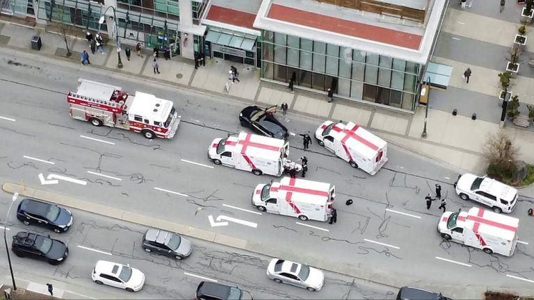 Καναδάς : Ένας νεκρός και αρκετοί τραυματίες στο Βανκούβερ από την επίθεση άνδρα με μαχαίρι   tovima.gr