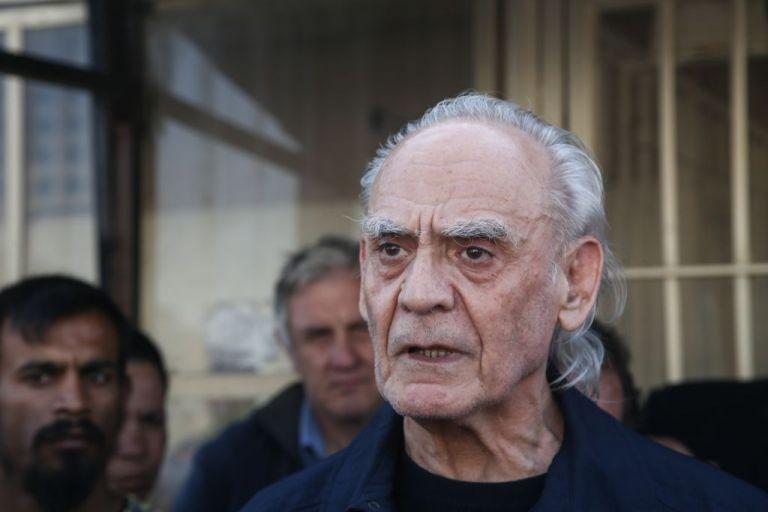 Άκης Τσοχατζόπουλος : Νοσηλεύεται σε σοβαρή κατάσταση στο Λαϊκό | tovima.gr