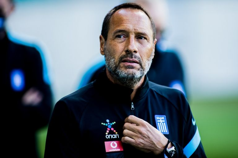 Φαν Σιπ : Ένας από τους ηγέτες μας ο Μπακασέτας – Δεν είναι εύκολο το ματς με τη Γεωργία | tovima.gr