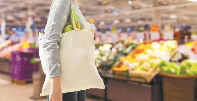 Οι καταναλωτές εναντια στην πλαστική σακούλα | tovima.gr
