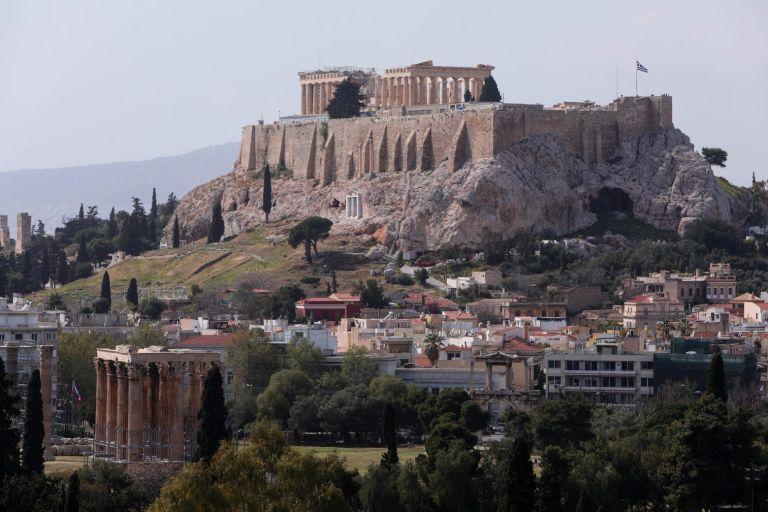 Κορωνοϊός : Πληθώρα κρουσμάτων στο κέντρο της Αθήνας – Η κατανομή στο Λεκανοπέδιο | tovima.gr