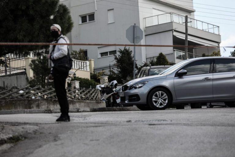 Γιώργος Καραϊβάζ : Η ανακοίνωση του ΣΥΡΙΖΑ για τη δολοφονία του | tovima.gr