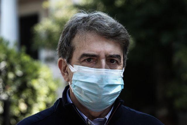 Χρυσοχοΐδης σε Τσίπρα: Ανίερο να σκυλεύεις πολιτική σε φρέσκο αίμα δημοσιογράφου   tovima.gr