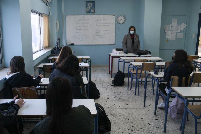 Τζανάκης για self test : 200 ασυμπτωματικοί με κορωνοϊό θα μπορούσαν να δώσουν 3.620 κρούσματα σε 15 ημέρες   tovima.gr