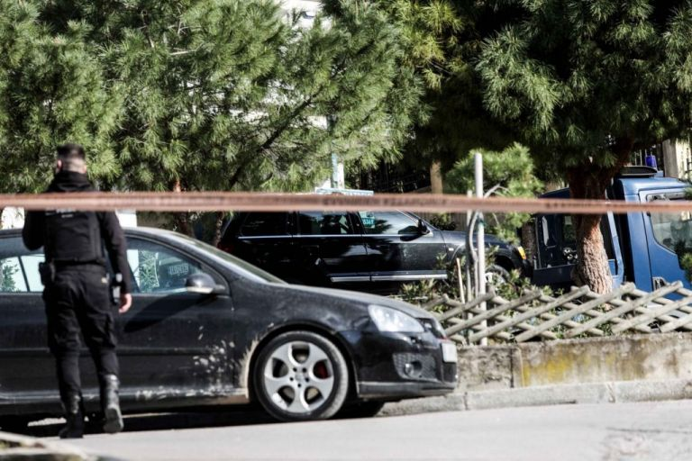 Γιώργος Καραϊβάζ : Δεν ήταν η πρώτη φορά που προσπάθησαν να τον δολοφονήσουν, εκτιμούν οι αρχές   tovima.gr