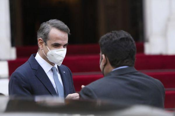 Τετ α τετ Μητσοτάκη – Λίβυου Προέδρου : Τι συμφώνησαν | tovima.gr