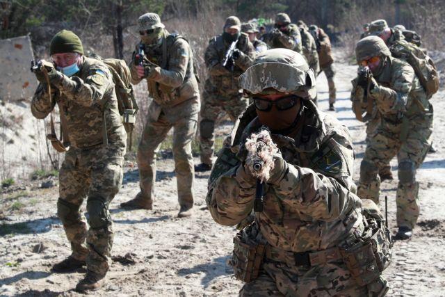 ΝΑΤΟ : Κάλεσμα στη Ρωσία να απομακρύνει τις δυνάμεις της από τα σύνορα με Ουκρανία | tovima.gr