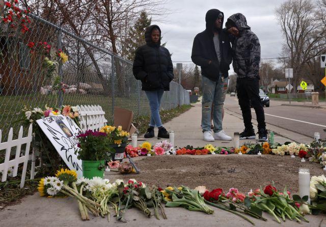 ΗΠΑ : Ο μαθητής που σκοτώθηκε από πυρά της αστυνομίας δεν πυροβόλησε αστυνομικό | tovima.gr