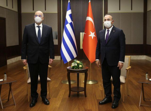 Ελληνοτουρκική διπλωματική σύγκρουση σε απευθείας μετάδοση | tovima.gr