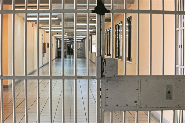 Πλήγμα στις έρευνες για το οργανωμένο έγκλημα η αιφνιδιαστική αποφυλάκιση Αλβανού ποινικού | tovima.gr