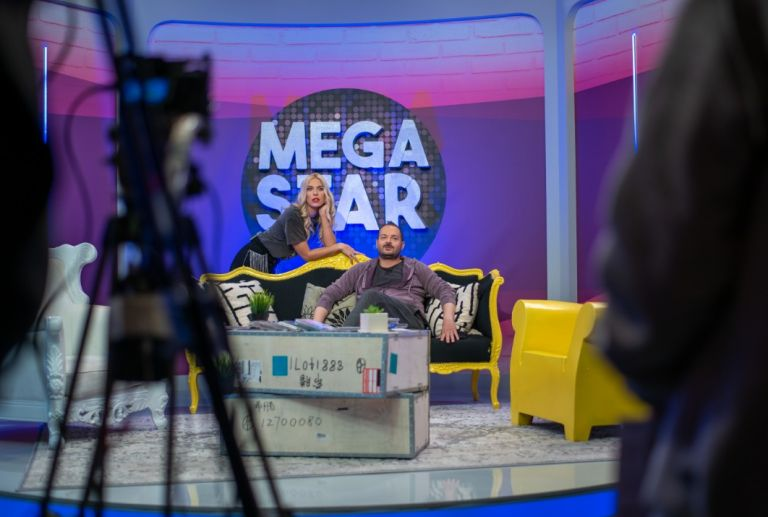 «MEGA STAR» με τη Μαντώ Γαστεράτου και τον Αντώνη Δημητριάδη – Καλεσμένος ο Βαλάντης | tovima.gr