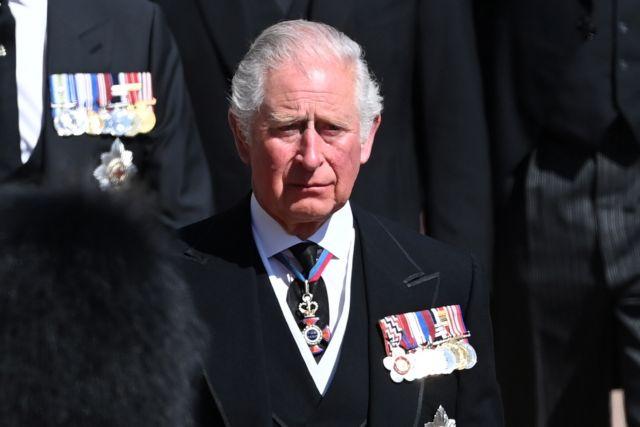 Φίλιππος : Βούρκωσε ο πρίγκιπας Κάρολος αποχαιρετώντας τον πατέρα του | tovima.gr