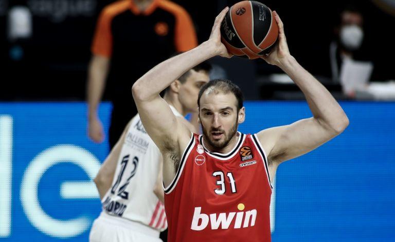 Ολυμπιακός : Ο Κουφός διέψευσε τις φήμες ότι θα φύγει   tovima.gr