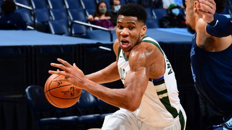 NBA : Άγγιξε το triple double ο Γιάννης, αλλά αυτό δεν ήταν αρκετό για τους Μπακς   tovima.gr