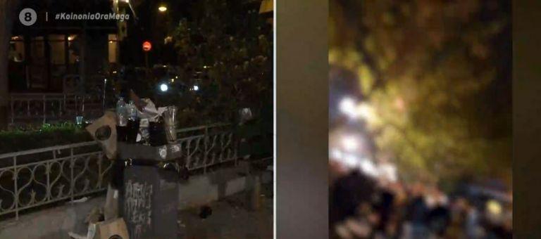 Εξαπλώνονται τα κορωνοπάρτι : Τρίτη νύχτα συνωστισμού στις πλατείες | tovima.gr