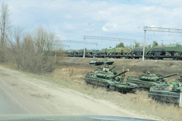 Μπορέλ : Επικίνδυνη ένταση στα σύνορα Ουκρανίας – Ρωσίας | tovima.gr
