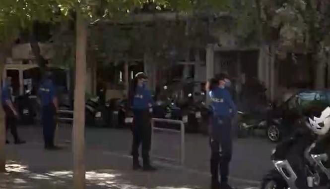 Κυψέλη : Σε αστυνομικό κλοιό η πλατεία Αγ. Γεωργίου για την αποτροπή κορωνοπάρτι | tovima.gr