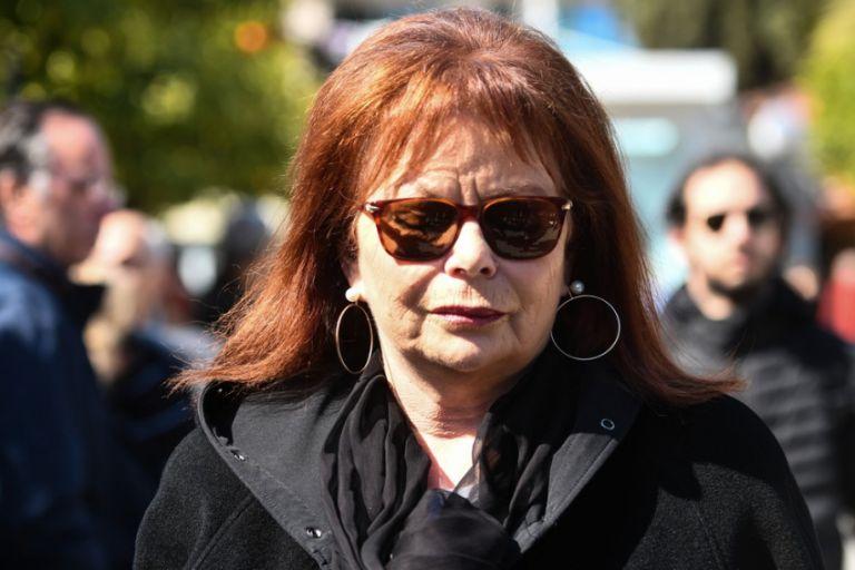 Νόρα Κατσέλη: Σε κρίσιμη κατάσταση στη ΜΕΘ –  Τι αναφέρει το ιατρικό ανακοινωθέν | tovima.gr