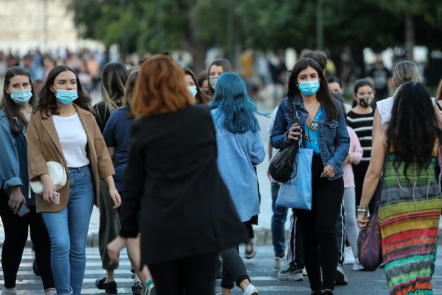 Τζανάκης: Πρόβλεψη για 2.000 με 2.200 κρούσματα μετά την Κυριακή του Θωμά | tovima.gr