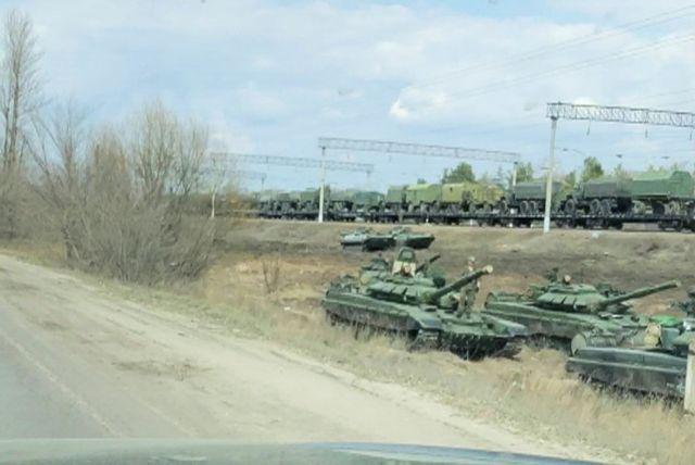 Ο ρωσικός στρατός αποσύρεται από τα σύνορα της Ουκρανίας | tovima.gr