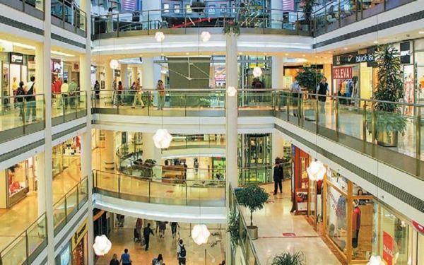 Γεωργιάδης για mall: Πελάτες και επιχειρήσεις τηρούν τα μέτρα – Όλα κυλούν ομαλά | tovima.gr