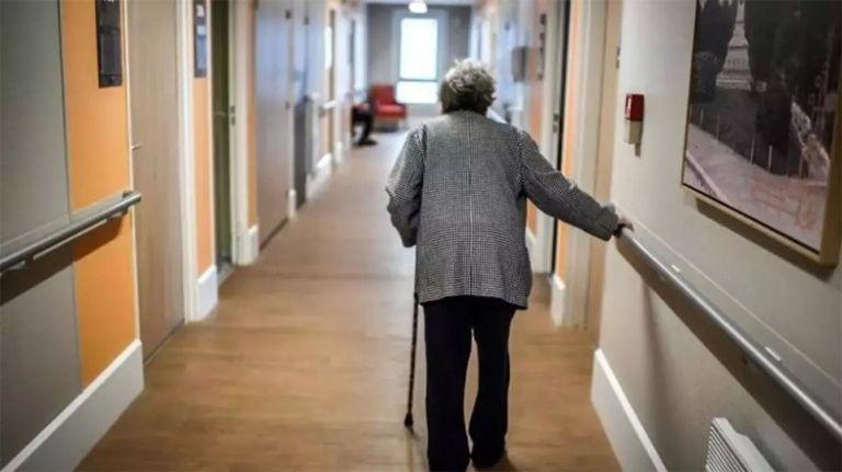 Γηροκομείο στα Χανιά: Ο θάνατος από βίαιο τάισμα και η ανεξήγητη διαθήκη | tovima.gr