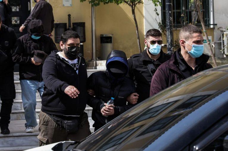 Μένιος Φουρθιώτης: Επικαλείται προβλήματα υγείας και ζητά γιατρό   tovima.gr