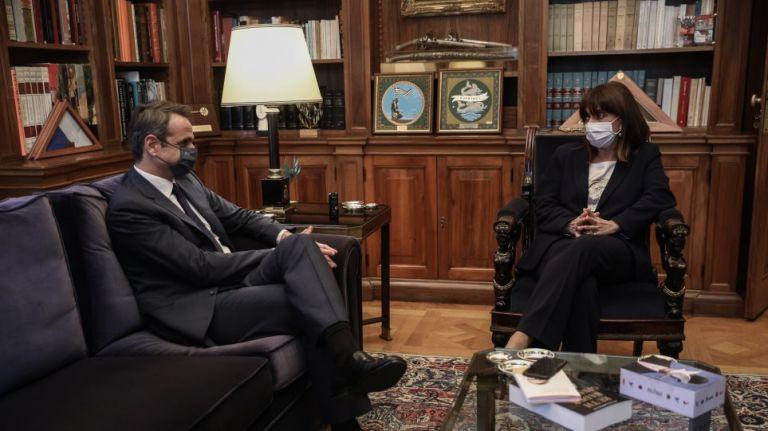 Σακελλαροπούλου – Μητσοτάκης στο Προεδρικό Μέγαρο – Τι θα συζητήσουν | tovima.gr