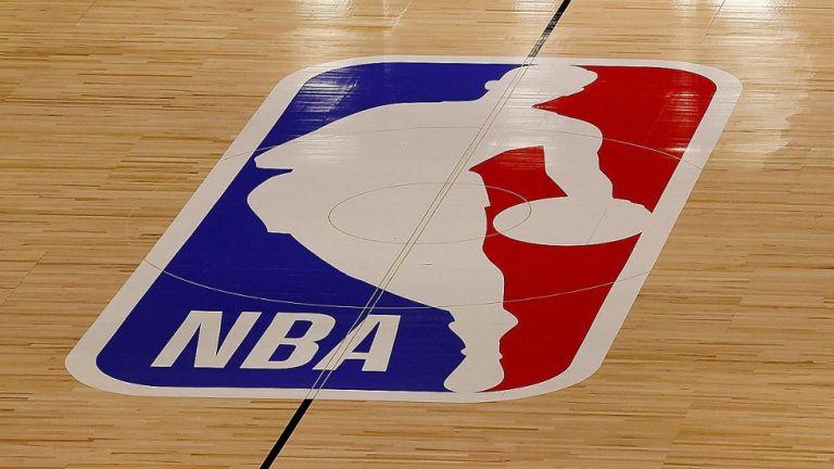 NBA: Θρίαμβος των Τζαζ με +49, στα πλέι-οφ οι Σανς | tovima.gr