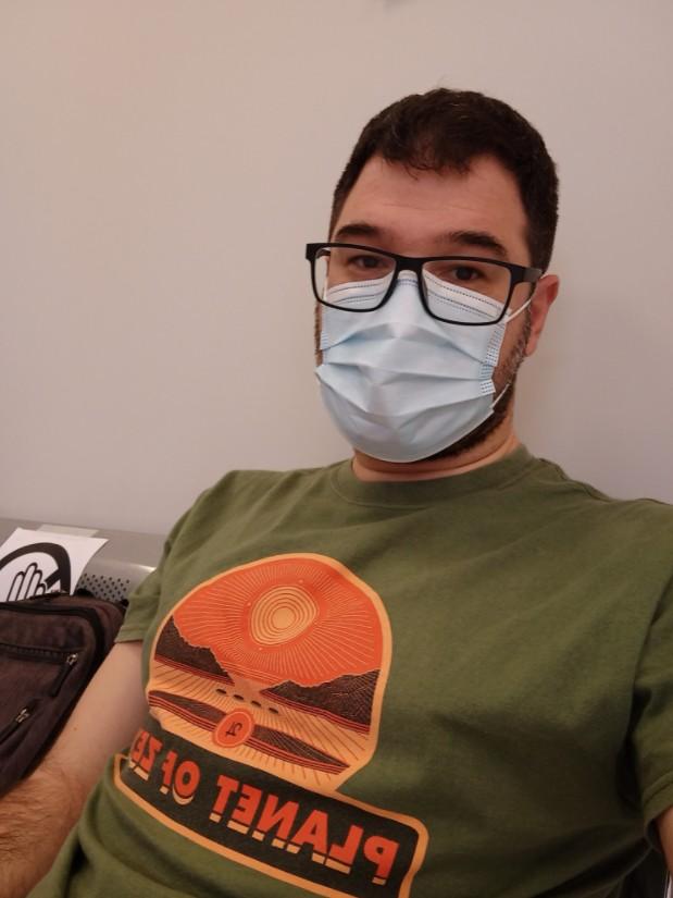Ηλιόπουλος: Η πρώτη δόση έγινε – Κάνουμε το εμβόλιο για να ανταμώσουμε ξανά | tovima.gr