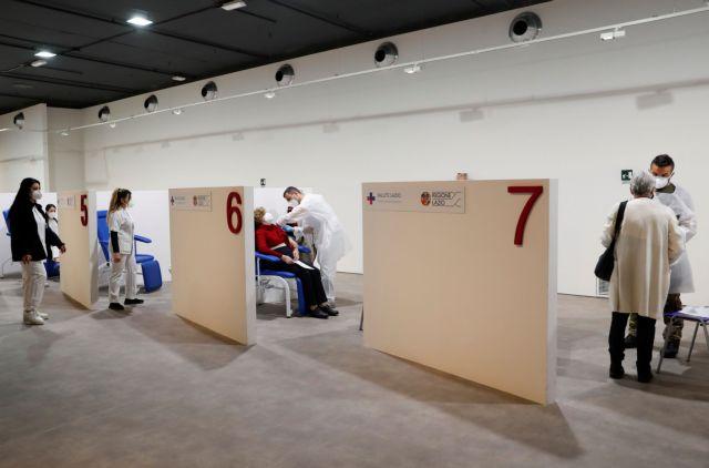 Εμβολιασμός : Πότε παίρνουν τη σκυτάλη οι 20αρηδες – Διευκρινίσεις Γεωργαντά | tovima.gr